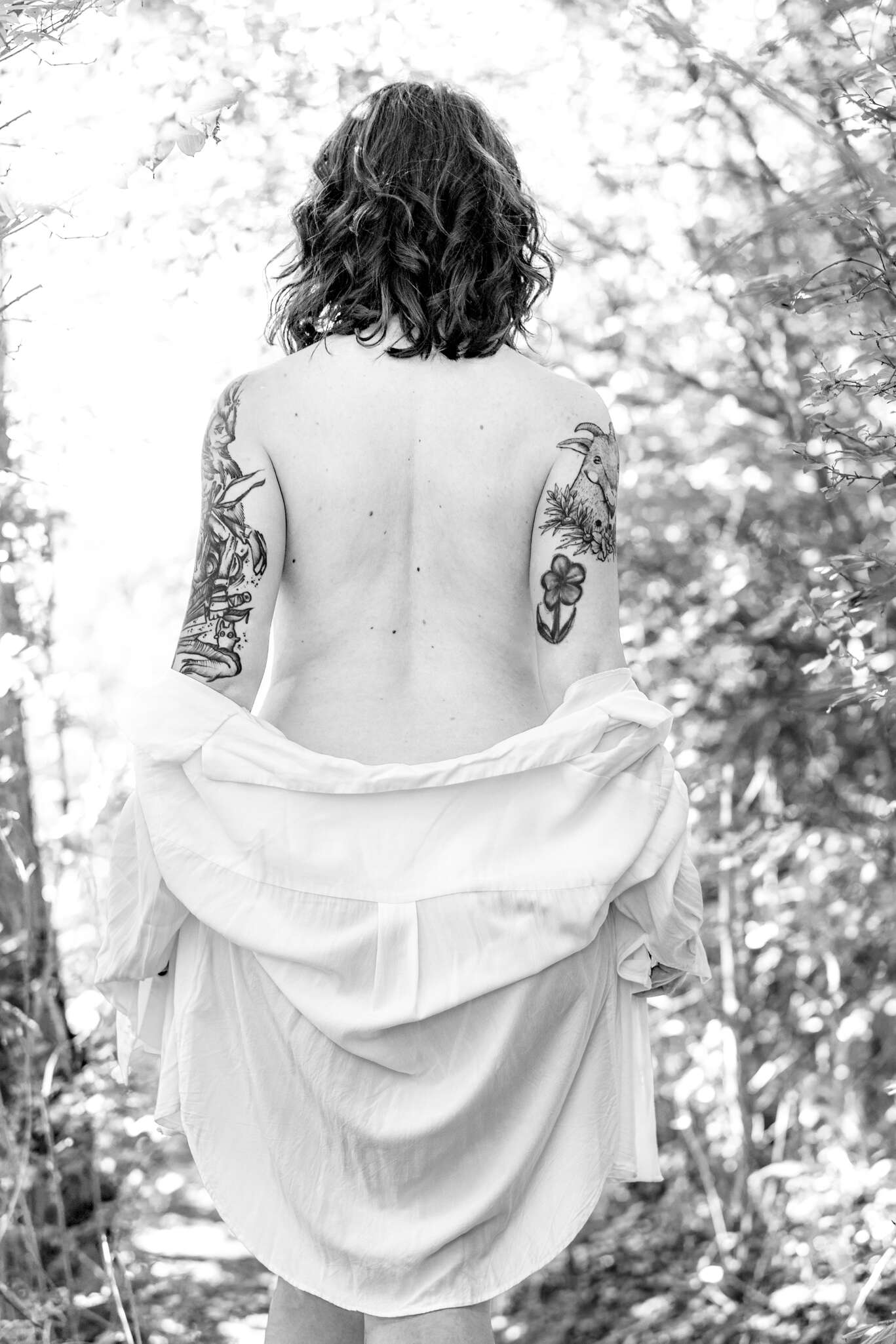 Outdoor Boudoir Shooting